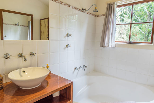 Blackheath Getaway bathroom